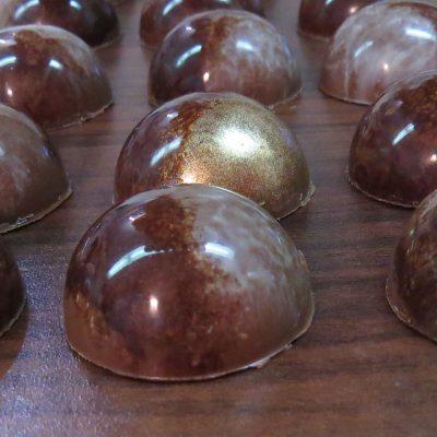 شکلات بن بن قالبی