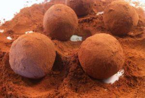 شکلات مغزدار ترافلی